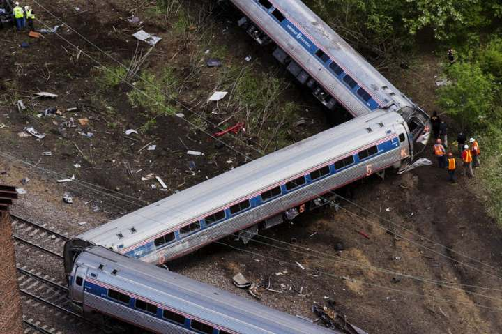 CNN Derailed Train1